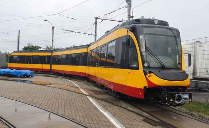 Bombardier transfers first two FLEXITY trams to Karlsruhe in Germany