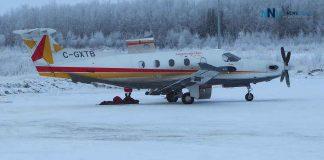"North Star Air Pilatus ""Blackfly 704"" in Pikangikum First Nation"