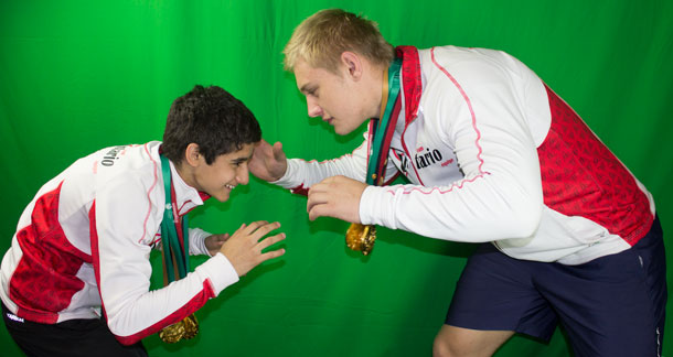 Marco Palermo and Ron Bingham - Both Giants grapple with Gold