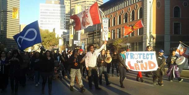 Idle No More in Winnipeg is marching on Portage Avenue in support of Elsipogtog First Nation
