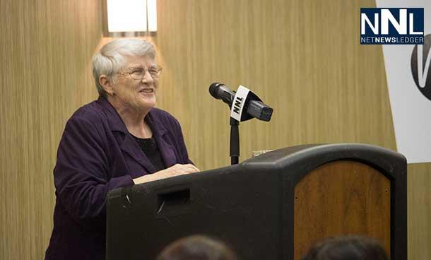 Lyn McLeod addressing Women in Politics in Thunder Bay