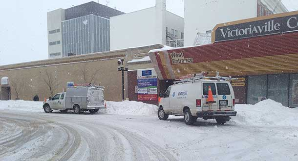 Union Gas is on scene at Victoriaville Centre. The mall and surrounding businesses are closed.