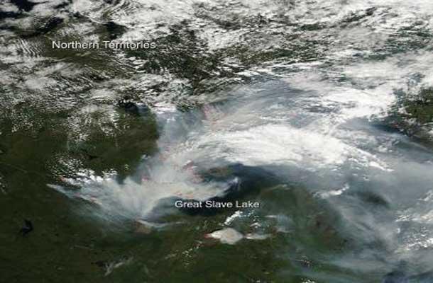 Smoke from fires around Yellowknife - Image NASA