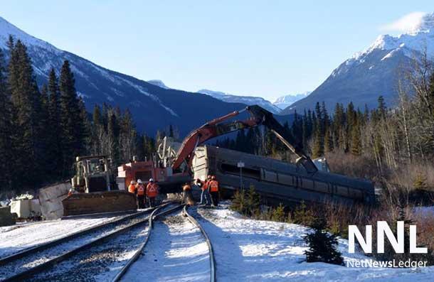 A Canadian Pacific train has de-railed near Banff Alberta