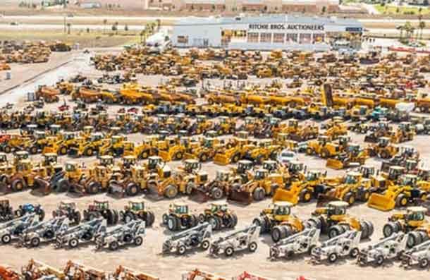 Record one day farm auction in Saskatoon