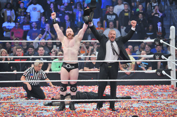 The lights in Atlanta went out last night for Roman Reigns as the WWE® World Heavyweight Championship was lost to Sheamus.