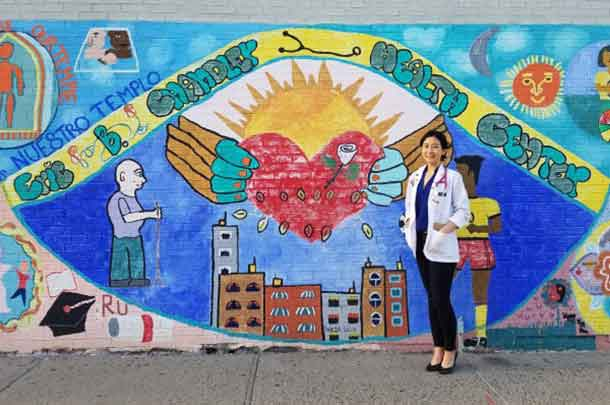 Jacqueline Gonzalez Stephanie Oh, a medical student and student director of the Promise Clinic, found that a personal connection between doctor and patient is essential to providing the best care