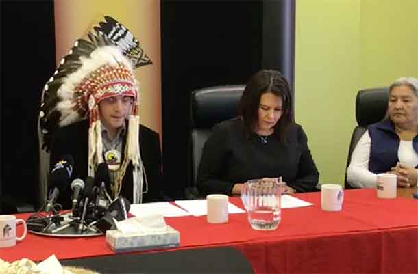 Assembly of Manitoba Chief Dumas and Federal Indigenous Services Minister Philpot
