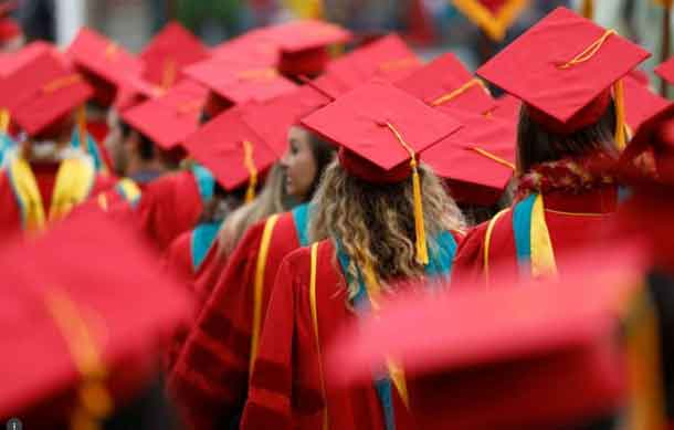 Graduates to be walk before the commencement ceremony at the University of Southern California (USC) in Los Angeles, California, U.S., May 12, 2017. REUTERS/Patrick T. Fallon