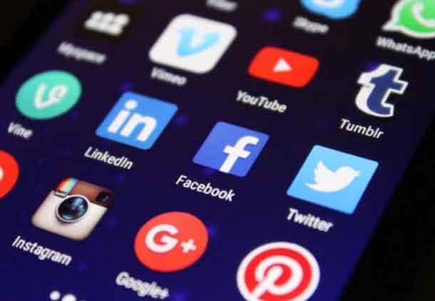Is Online Communication Harmful for Psychological Health?