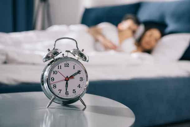 Sleeping couple - Depositphotos.com