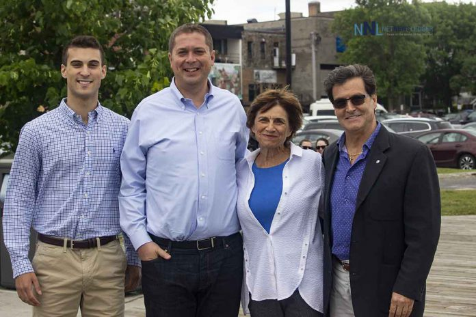 Conservative candidates in Northwestern Ontario with leader Andrew Scheer