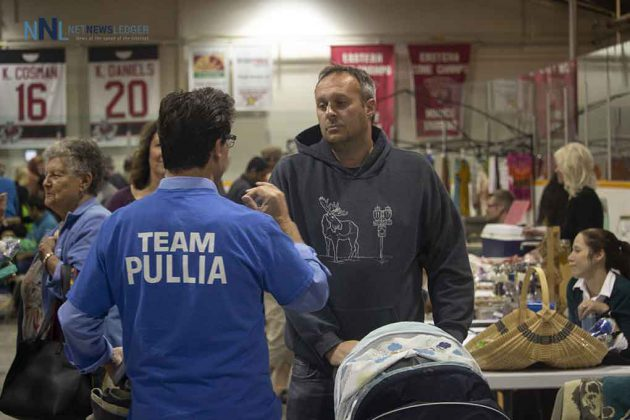 Thunder Bay-Superior North Conservative candidate Frank Pullia engaging in Terrace Bay