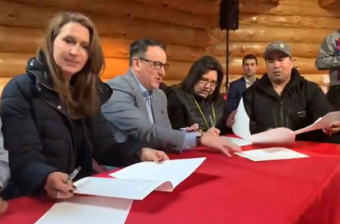 Signing of MOU Trans-Canada Highway twinning project moving forward
