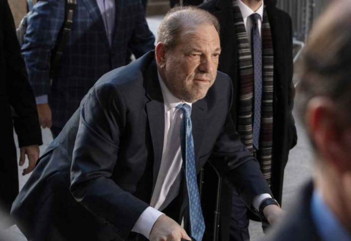Harvey Weinstein arrives at New York Criminal Court for another day of jury deliberations in his sexual assault trial in the Manhattan borough of New York City, New York, U.S., February 24, 2020. REUTERS/Lucas Jackson/File Photo