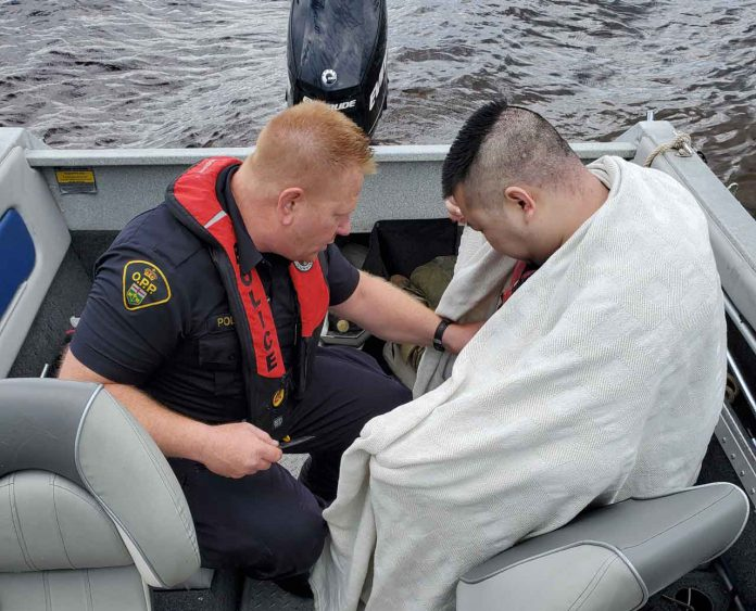 Life Jackets likely saved two men rescued from Dog Lake - Image OPP