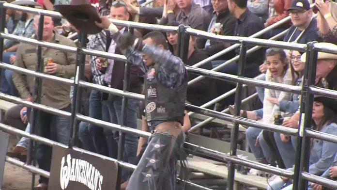 PBR Rodeo - Bull Riding