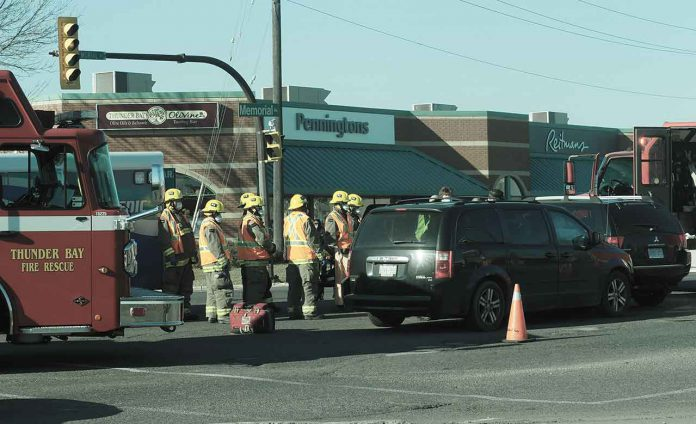 Thunder Bay Fire Rescue, Superior EMS, and Thunder Bay Police on scene. Memorial Avenue and 11th Avenue