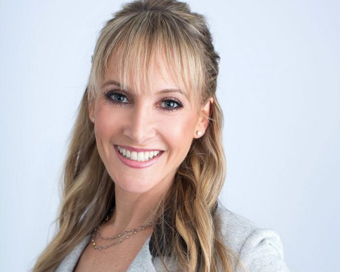 Need Help Finding the Perfect Love? Jaime Bronstein is The Relationship Expert Who Will Help You Find It
