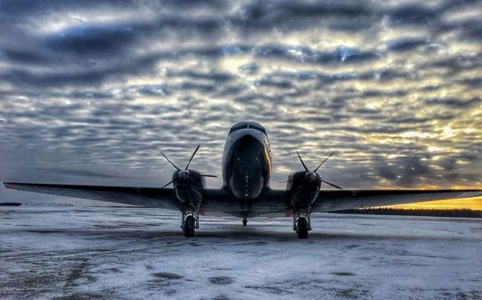 The DC3 is the optimal freight aircraft for Canada's north. Check out the 29m wing span on this North Star Air Basler BT-67! #basler #dc3 #canadasnorth #northstarair #freighter Photo credit: Phillipe Dobrzanski, Captain, PC12