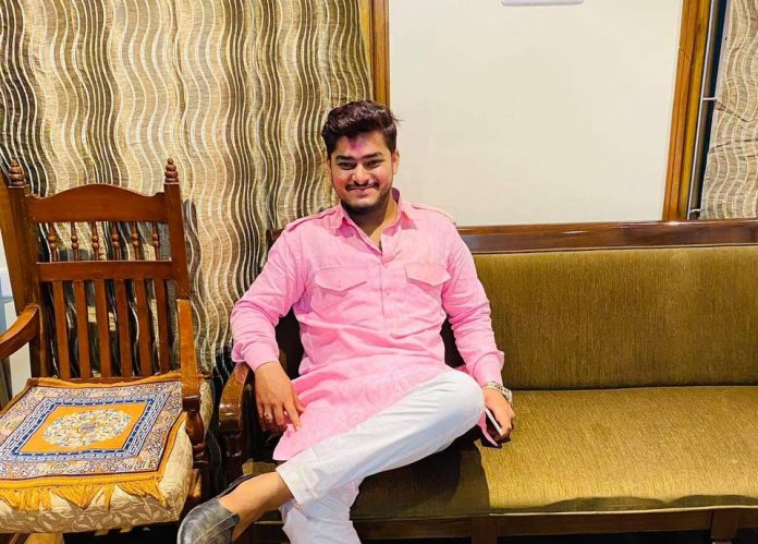 Ayush Manraj: A young and kind Business expert transforming the youth