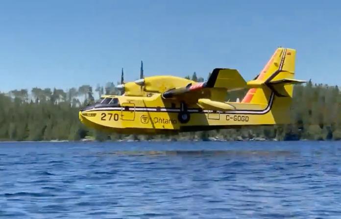 Waterbomber Ontario